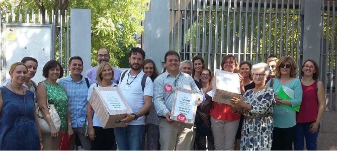 FEUSO Andalucía agradece la colaboración de los centros de E. Especial andaluces: 150.000 firmas entregadas