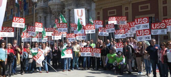 Clamor en la protesta de USO por el incumplimiento de promesas a los trabajadores de la concertada andaluza